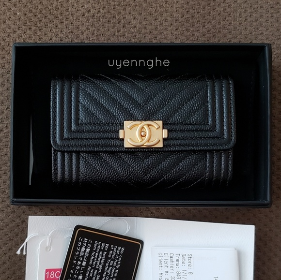 611a5cf27a6c CHANEL Handbags - Authentic CHANEL 18C Card Holder